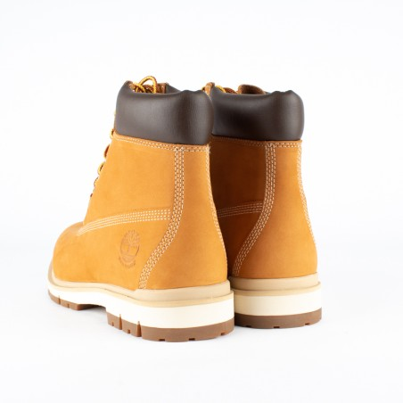 chaussure homme timberland camel